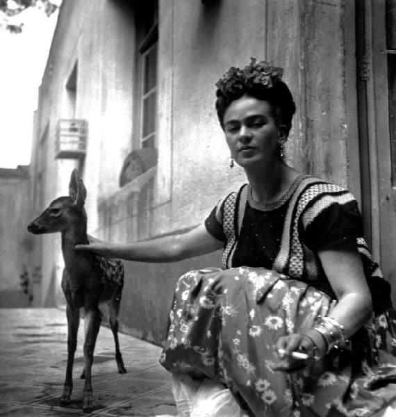 Nick-Murray-Frida-Kahlo-Vogue-model-deer-