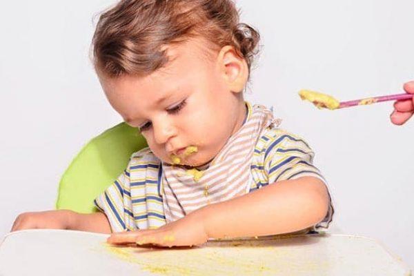 Ezeket az összetevőket jobb kerülni a babák táplálásakor