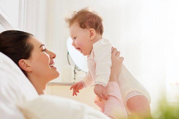 Az anyai regeneráció mérföldkövei szülés után