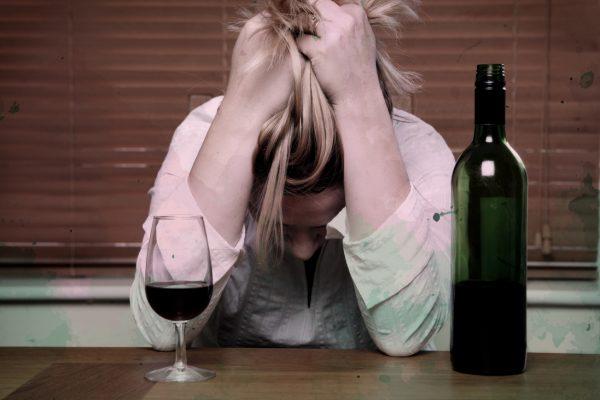Az emberfeletti teljesítmény és önfeladás örvényében – amikor az anya válik alkoholfüggővé