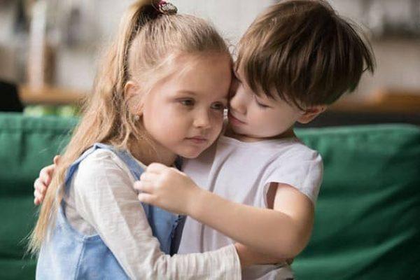 A kikényszerített bocsánatkérés árthat a gyereknek