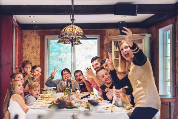 A szeleburdi patchwork-család karácsonya – avagy az otthon