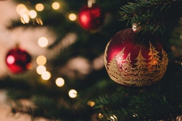 Karácsonyi dilemma: szűk vagy tág családdal?