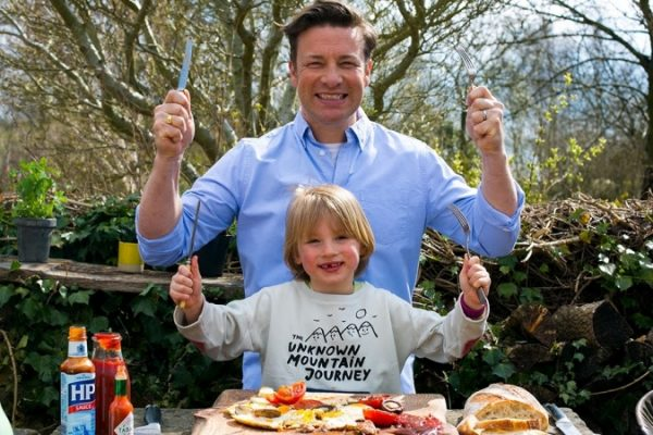 Jamie Oliver felesége az instán mutatja meg