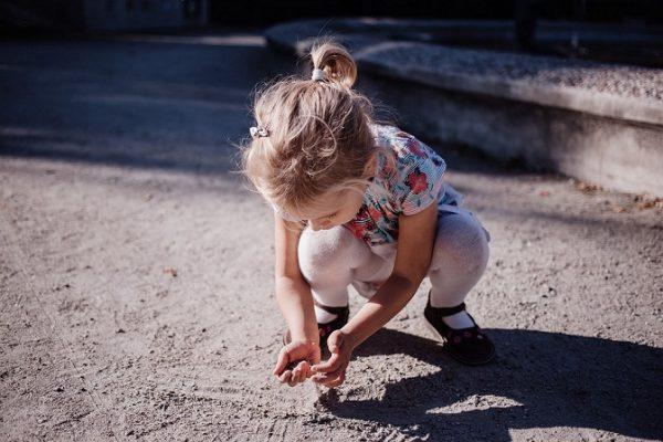 Betegesebbek a túlzott tisztaságban felnőtt gyerekek: ezért engedd meg a kicsinek