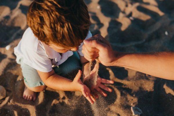 Legyen talpig maszatos az a gyerek a nyáron