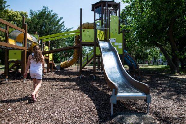 Ahol egy percre sem tévesztheted szem elől a gyermekedet: a játszótér