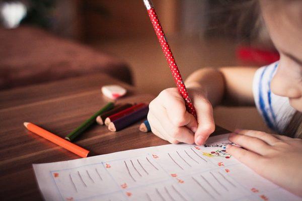 Így nevelheted önállóságra a gyereket - 7 tanács a Montessori-pedagógia jegyében