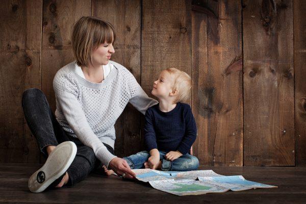 Mennyit dolgozik egy anya?