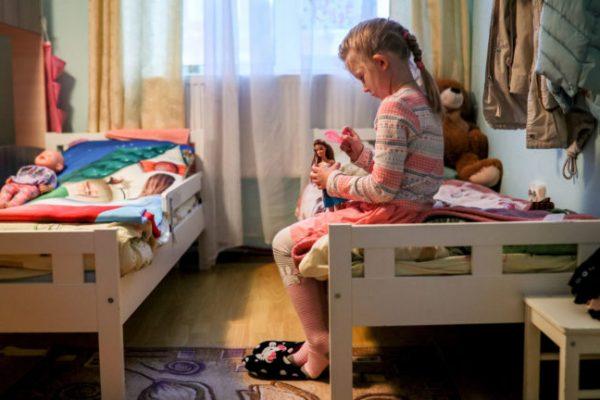 MOSCOW REGION, JANUARY 5, 2019: A girl in her room at the Pokrov Orthodox Children's Social Rehabilitation Center. Mikhail Tereshchenko/TASS (Photo by Mikhail TereshchenkoTASS via Getty Images)