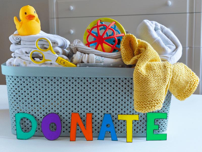 gyerekruha adományozás