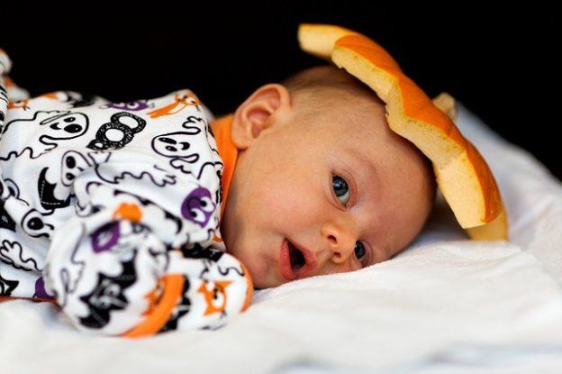 Halloween-i jelmezötletek babáknak | 7+1 kísértetiesen cuki szett