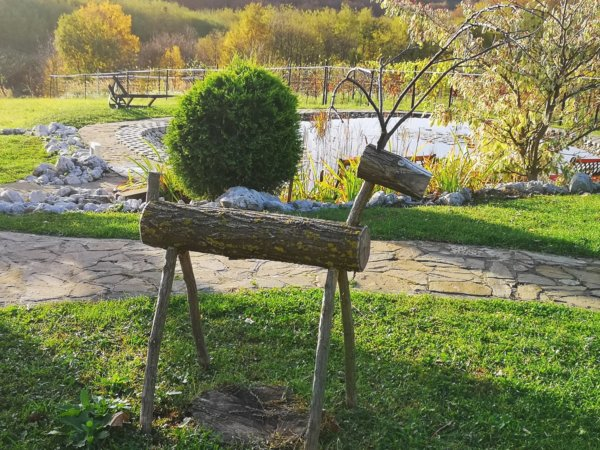 Mézeskalács házikók a Patóhegyen: varázslatos borházfalu a Zalai dombságon