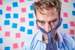 A férfiak is nehezen tudják összehangolni a karriert az apasággal