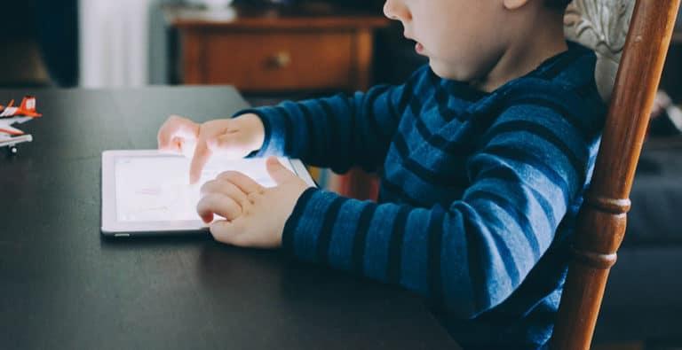 A digitális bébiszitter