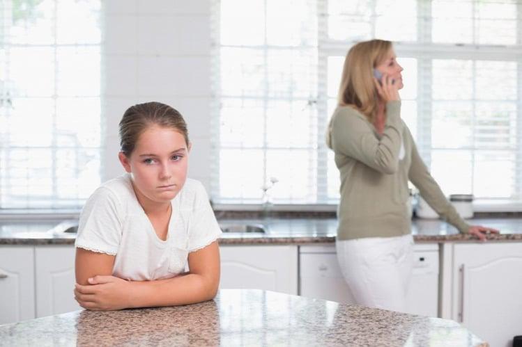 Telefonárvák – újabb veszély leselkedik a gyerekekre?