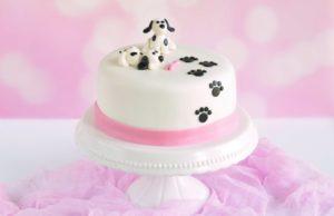 Kutya tappancs torta – a hangzavar elkerülése végett néma kutyákkal