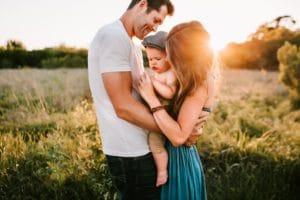 Miért nem tesz már minket boldoggá a hagyományos családmodell? Íme a kijózanító okok…
