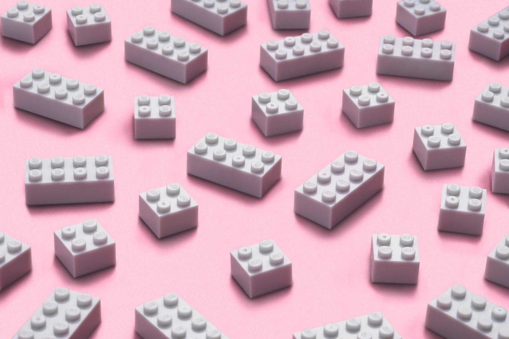 fehér lego elemek pet palackból minimag