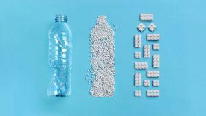 A Lego újrahasznosított elemeket készít eldobált palackokból minimag