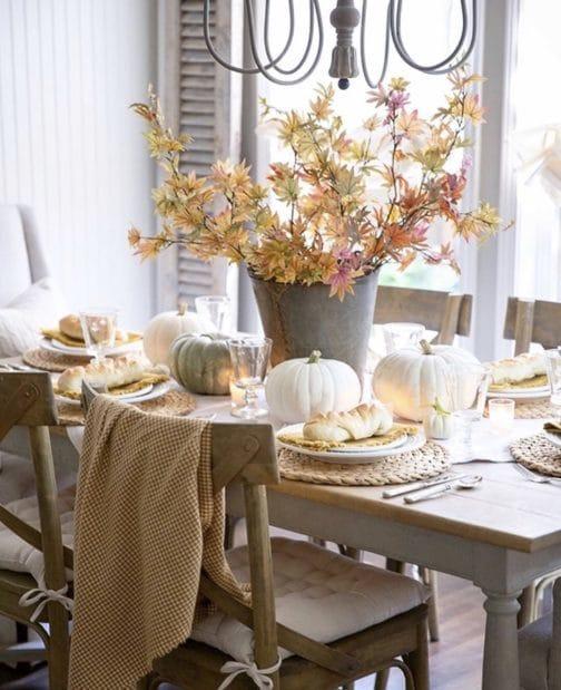 őszi dekoráció az ebédlőben