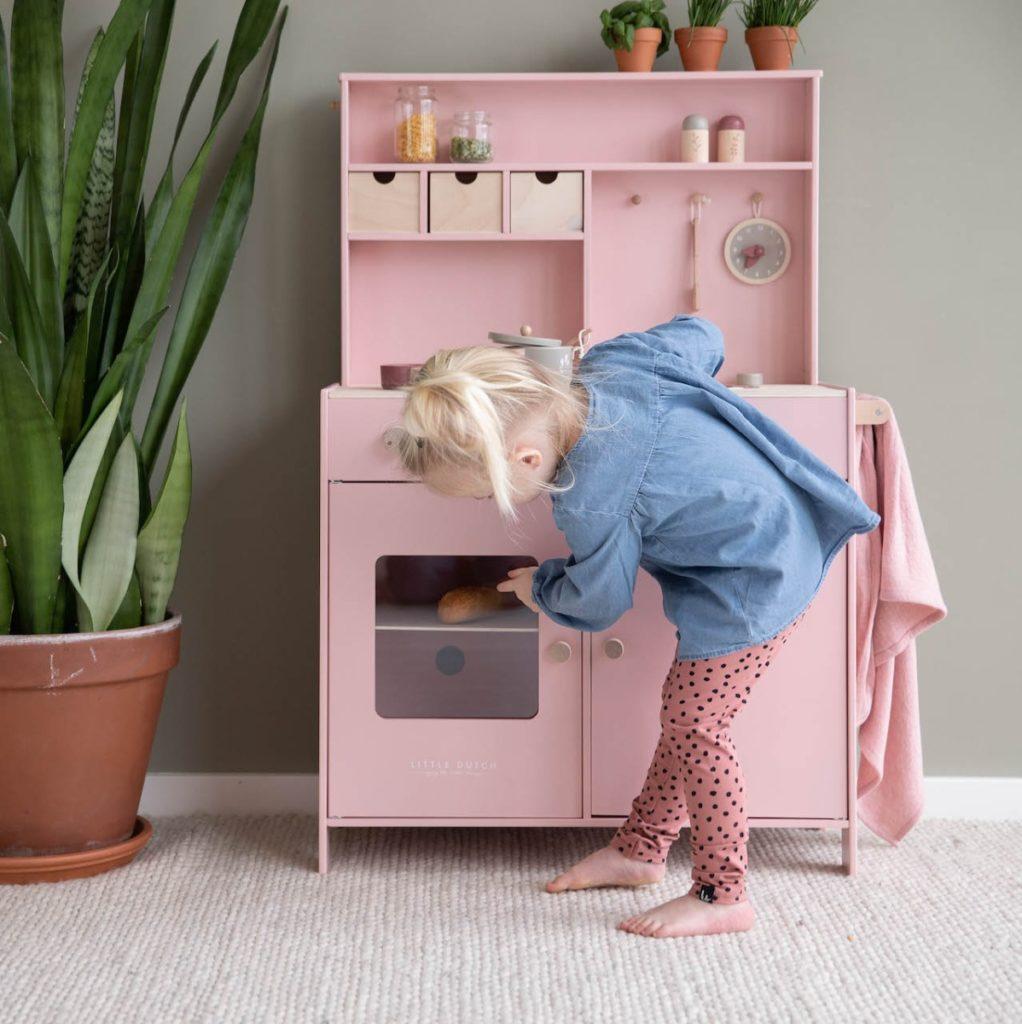 Little Dutch – fa játékkonyha – rózsaszín minimag